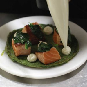 spinach with solomon fish